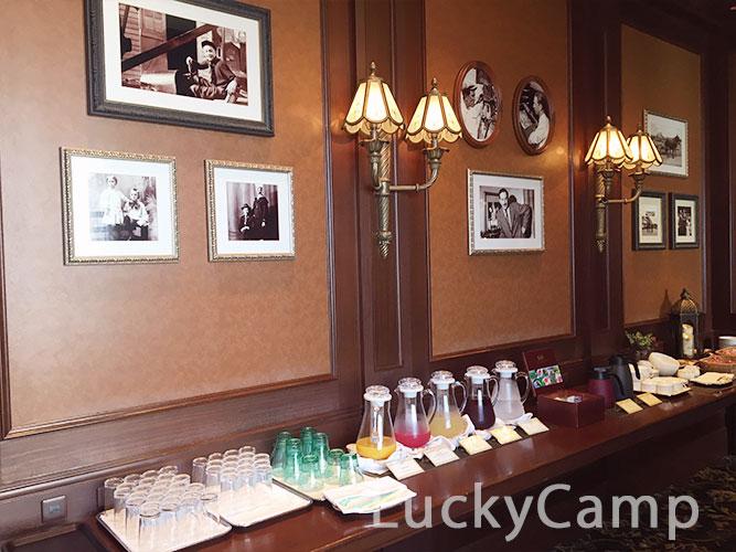 ディズニーランドホテル コンシェルジュ ラウンジ  フリードリンク 画像
